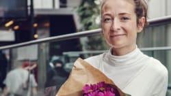 Iben Maria Zeuthen får buket for at være 'rigtig kompetent og nysgerrig vært'