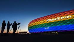 I går fik München nej af Uefa - i dag slår en regnbuefarvet bølge ind over Tyskland