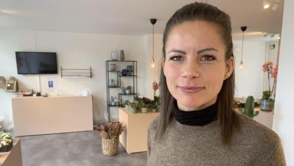 Flere butikker med selvbetjening: Maria har lige åbnet en butik uden personale