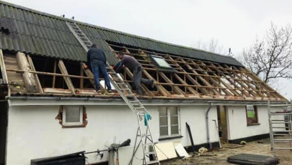 Boligkøbere og eksperter om sjuskede tilstandsrapporter: De bygningssagkyndige har for travlt
